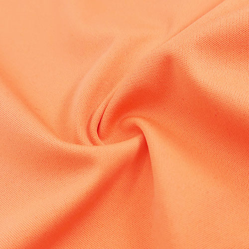 What are the characteristics of common textile fabrics?